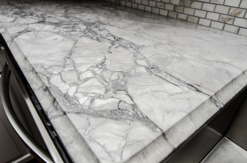 Super White Quartzite Kitchen8